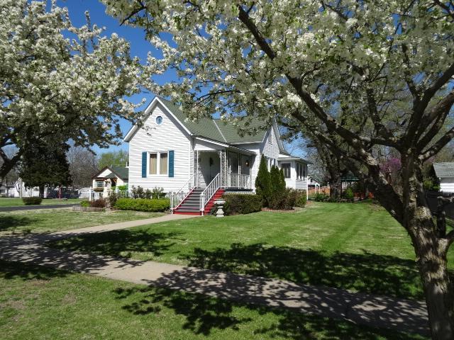 605 N Maple Street, Butler, MO 64730 (#2145978) :: No Borders Real Estate