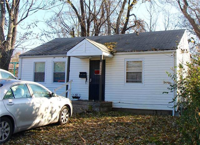 4409 Cleveland Avenue, Kansas City, MO 64130 (#2146018) :: Edie Waters Network