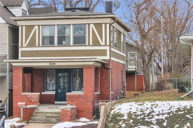 3029 E 7th Street, Kansas City, MO 64124 (#2146127) :: Edie Waters Network