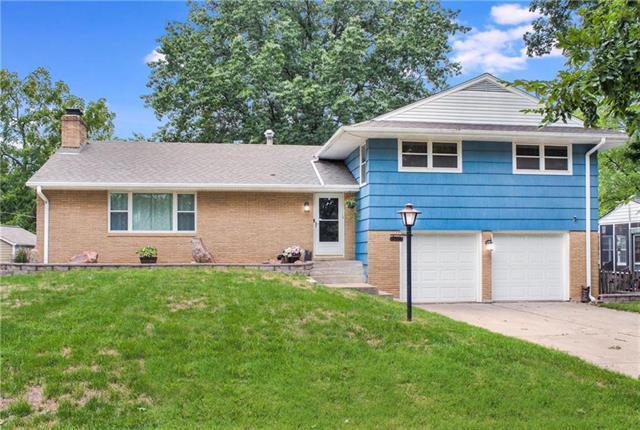 3706 N Grand Avenue, Kansas City, MO 64116 (#2146203) :: Edie Waters Network