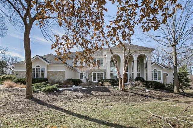 15144 Windsor Circle, Leawood, KS 66224 (#2146287) :: House of Couse Group