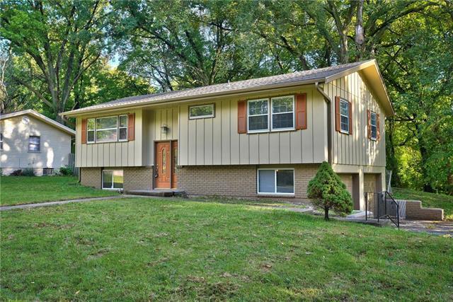 4715 Yecker Avenue, Kansas City, KS 66104 (#2146333) :: Edie Waters Network