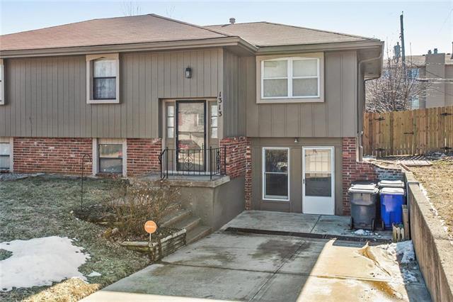 1313 E 123rd Street, Olathe, KS 66061 (#2146678) :: No Borders Real Estate