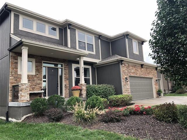 5701 NW 92nd Terrace, Kansas City, MO 64154 (#2146921) :: Edie Waters Network