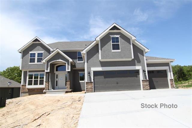 13829 Clear Creek Drive, Parkville, MO 64152 (#2146971) :: The Gunselman Team