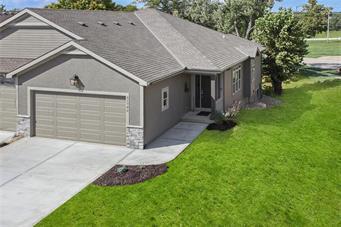 9B W 83rd Place, Desoto, KS 66018 (#2147204) :: No Borders Real Estate