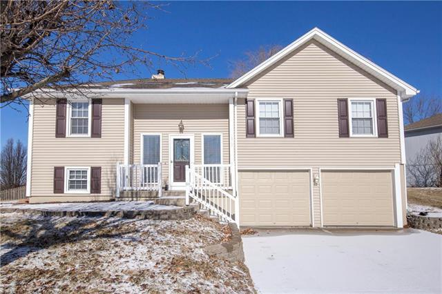 1925 Clay Ridge Drive, Liberty, MO 64068 (#2147476) :: No Borders Real Estate