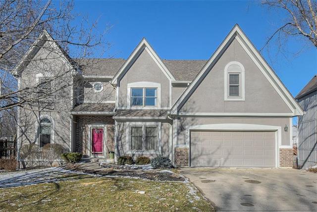 15680 W 141st Terrace, Olathe, KS 66062 (#2147531) :: Edie Waters Network