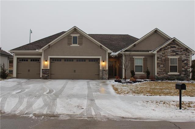 2620 SE 8th Terrace, Blue Springs, MO 64014 (#2147628) :: Team Real Estate