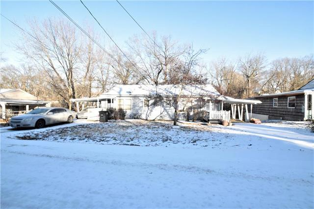1405 S Franklin Avenue, Independence, MO 64052 (#2147629) :: Clemons Home Team/ReMax Innovations