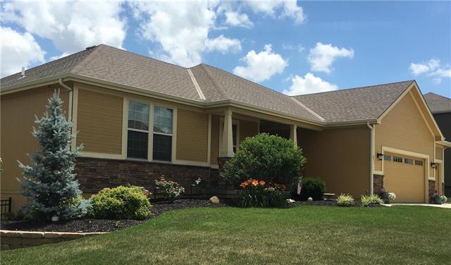 851 Clearview Drive, Lansing, KS 66043 (#2147641) :: Edie Waters Network