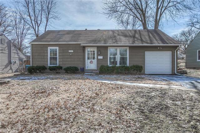 5311 W 71st Terrace, Prairie Village, KS 66208 (#2147706) :: The Gunselman Team