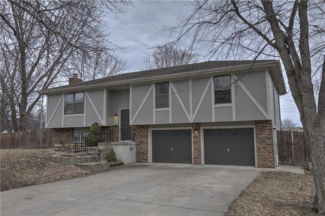 3017 S 14th Street, Leavenworth, KS 66048 (#2147857) :: Kedish Realty Group at Keller Williams Realty