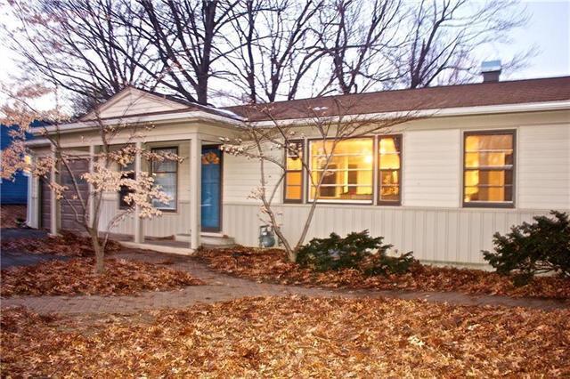 10602 E 72ND Street, Raytown, MO 64133 (#2147881) :: No Borders Real Estate
