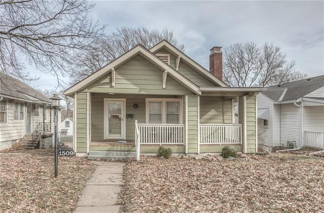 1509 S Broadway Street, Leavenworth, KS 66048 (#2147940) :: Kedish Realty Group at Keller Williams Realty