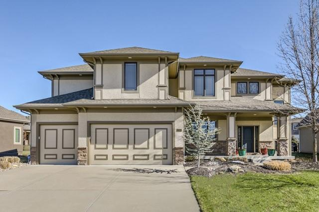 12330 W 164th Terrace, Overland Park, KS 66221 (#2147962) :: The Gunselman Team
