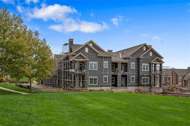 15908 Fontana Street #120, Overland Park, KS 66085 (#2147985) :: Team Real Estate