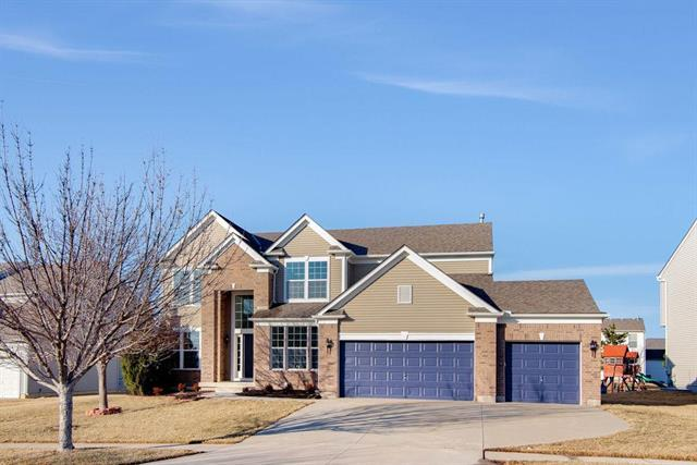 23704 W 94th Terrace, Lenexa, KS 66227 (#2148084) :: Edie Waters Network