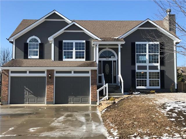 500 Eagle Glen Drive, Raymore, MO 64083 (#2148130) :: No Borders Real Estate