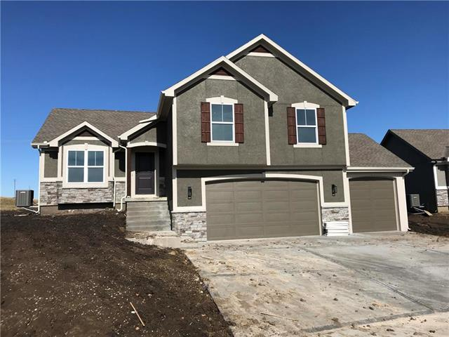 14210 Amanda Lane, Basehor, KS 66007 (#2148166) :: Kedish Realty Group at Keller Williams Realty