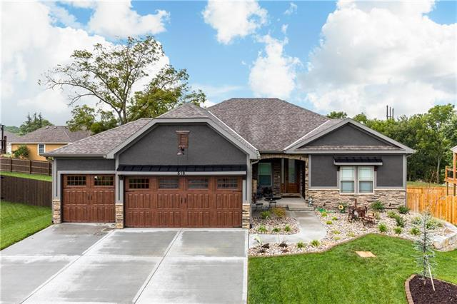 27807 E 133rd Court, Lee's Summit, MO 64086 (#2148182) :: House of Couse Group