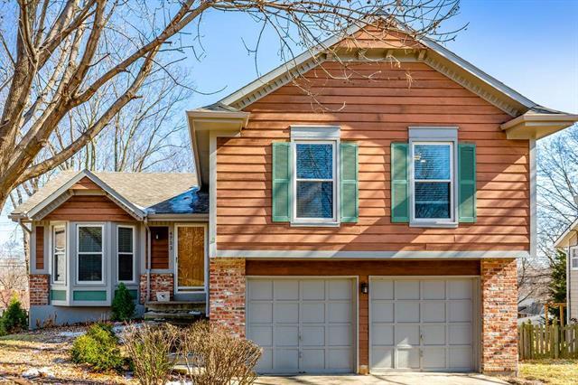 4753 Hayes Street, Merriam, KS 66203 (#2148240) :: Team Real Estate