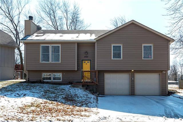 16411 W 126th Terrace, Olathe, KS 66062 (#2148292) :: Team Real Estate