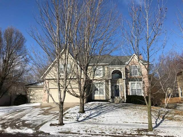 10528 W 129th Street, Overland Park, KS 66213 (#2148301) :: Kedish Realty Group at Keller Williams Realty