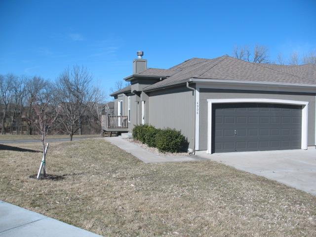 4906 141st Lane, Basehor, KS 66007 (#2148315) :: Kedish Realty Group at Keller Williams Realty