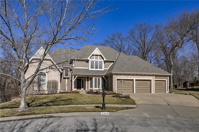5200 NW 60th Terrace, Kansas City, MO 64151 (#2148343) :: The Gunselman Team