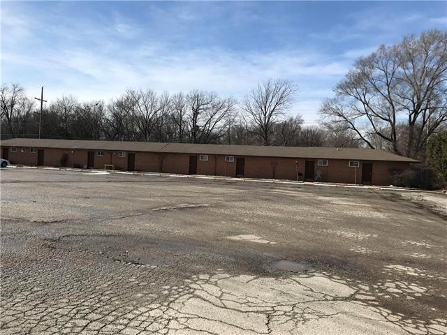 610 N Scott Ave Avenue, Belton, MO 64012 (#2148349) :: House of Couse Group