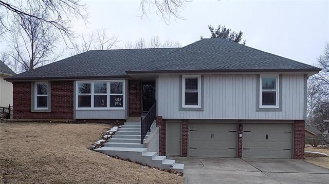10017 NW Mirror Lake Drive, Parkville, MO 64152 (#2148412) :: Eric Craig Real Estate Team