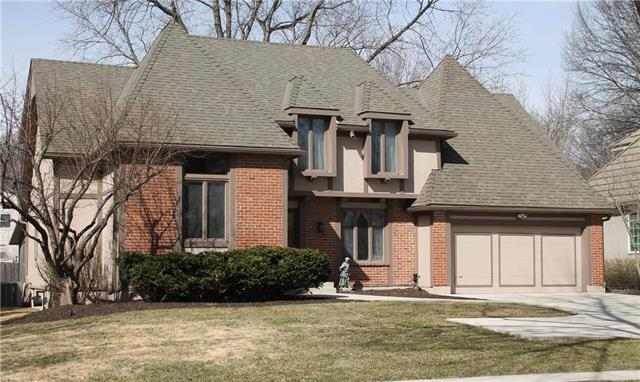 4912 Somerset Drive, Prairie Village, KS 66207 (#2148414) :: House of Couse Group