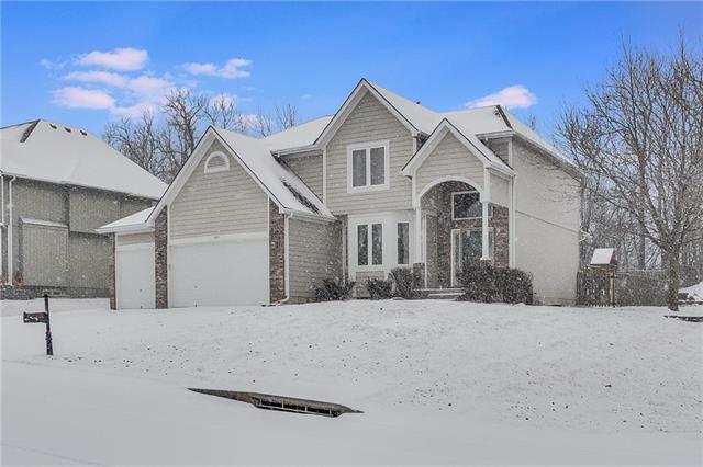 1412 SW Trailridge Drive, Blue Springs, MO 64015 (#2148422) :: No Borders Real Estate
