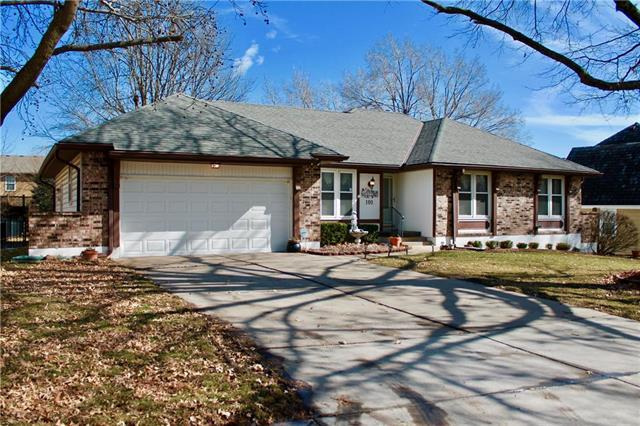 101 Johnston Parkway, Raymore, MO 64083 (#2148464) :: No Borders Real Estate