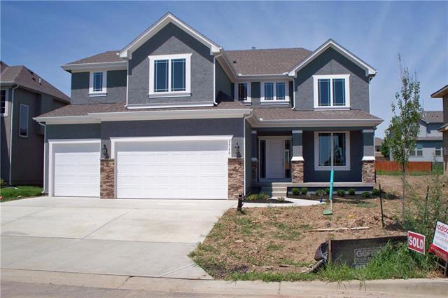 21806 W 46th Terrace, Shawnee, KS 66226 (#2148548) :: The Shannon Lyon Group - ReeceNichols