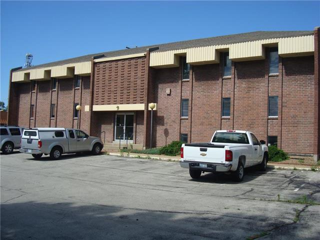 6750 W 75th Suite 2A Street, Overland Park, KS 66204 (#2149938) :: The Gunselman Team