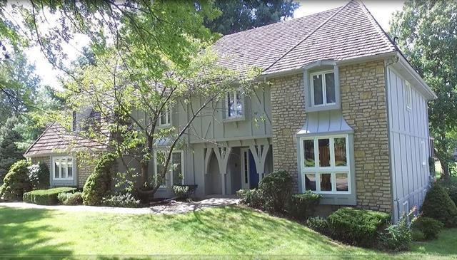 12714 Cherokee Lane, Leawood, KS 66209 (#2149940) :: No Borders Real Estate
