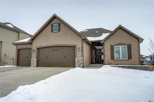 9105 N Myrtle Avenue, Kansas City, MO 64156 (#2149951) :: Eric Craig Real Estate Team