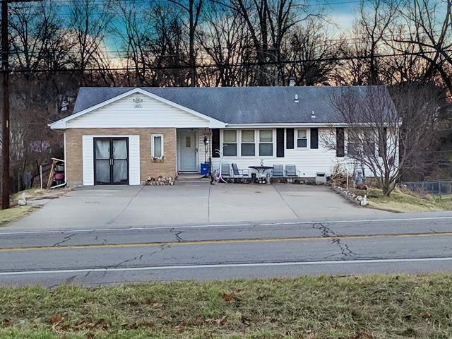 3625 Prather Road, Kansas City, MO 64116 (#2150032) :: Eric Craig Real Estate Team