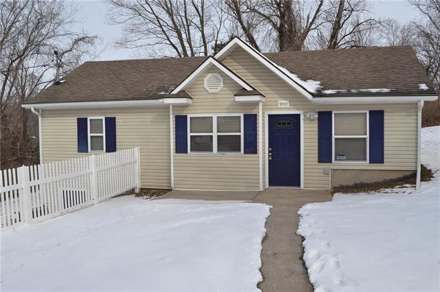 3501 Drury Avenue, Kansas City, MO 64117 (#2150044) :: Eric Craig Real Estate Team