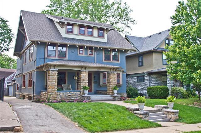 3804 Harrison Street, Kansas City, MO 64109 (#2150104) :: Edie Waters Network