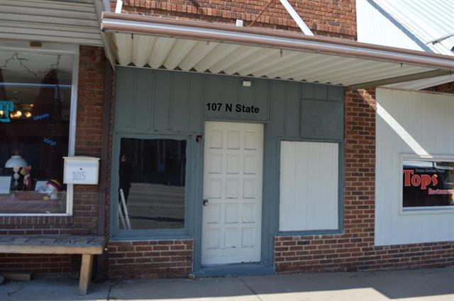 107 N State Street, Knob Noster, MO 65336 (#2150365) :: House of Couse Group