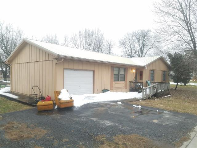 110 N 4th Street, Drexel, MO 64742 (#2150526) :: House of Couse Group