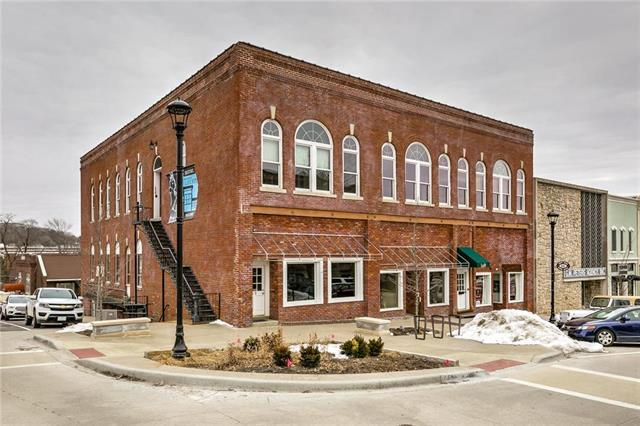 15-19 N Water Street, Liberty, MO 64068 (#2150597) :: The Shannon Lyon Group - ReeceNichols