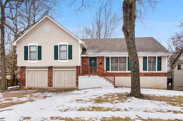 5209 NW 58 Terrace, Kansas City, MO 64151 (#2150784) :: Eric Craig Real Estate Team