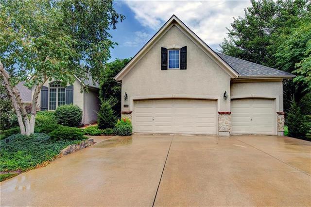 3144 W 143 Terrace, Leawood, KS 66224 (#2151146) :: No Borders Real Estate