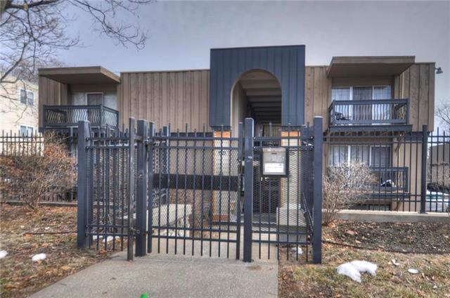 4143 Roanoke Road #7, Kansas City, MO 64111 (#2151304) :: Eric Craig Real Estate Team
