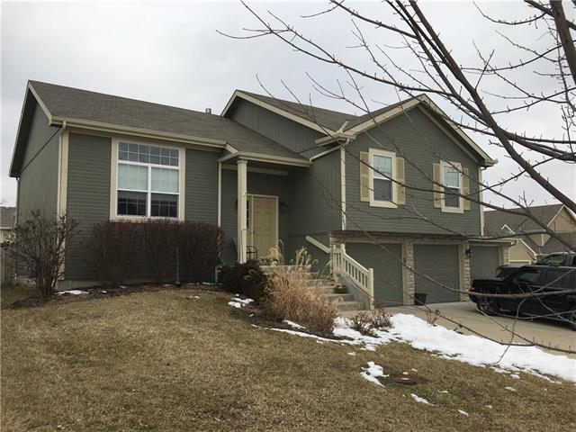 4800 Garland Street, Leavenworth, KS 66048 (#2151312) :: House of Couse Group