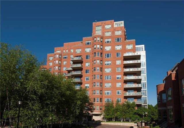 4950 Central Street #901, Kansas City, MO 64112 (#2151452) :: House of Couse Group